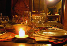 Stunden zu Zweit bei einem romantischen Abendessen